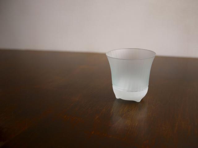 ILE8ガラス(安達征良) しまの器 ぐい呑み